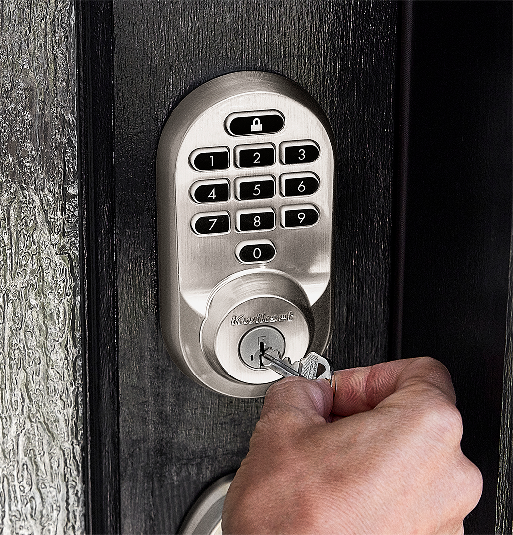 unlocking the Kwikset Halo traditional lock with a key